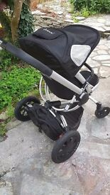 Quinny buzz 4 pram push chair travel cot trsvel system cost over £450