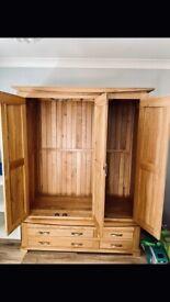 Oak Wardrobe - Triple doors & 4 drawers