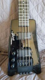 L/H Steinburger Spirit XT-2 headless Bass and case