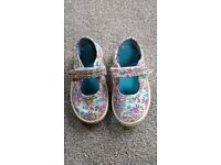 Start rite summer shoes and sandals size 6