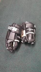 ITech Hockey Gloves