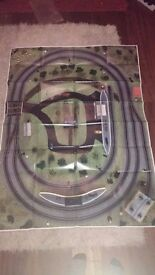Big 00 Gauge Hornby train set, 1 engine, lots of carriages, other parts