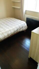 Great Double room available in Woolwich - £450pcm