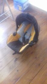 Baby car seat 0-9 months
