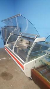 7 FT IGLOO STEAM HOT TABLE