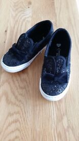 Black sparkle canvas shoes childs size 9