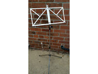 Foldable Music stand AS NEW