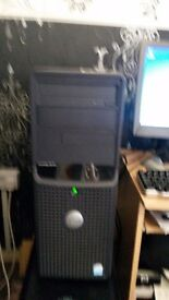 """Dell Desktop with Dell Flat 15"""" Screen, Keyboard and Mouse"""