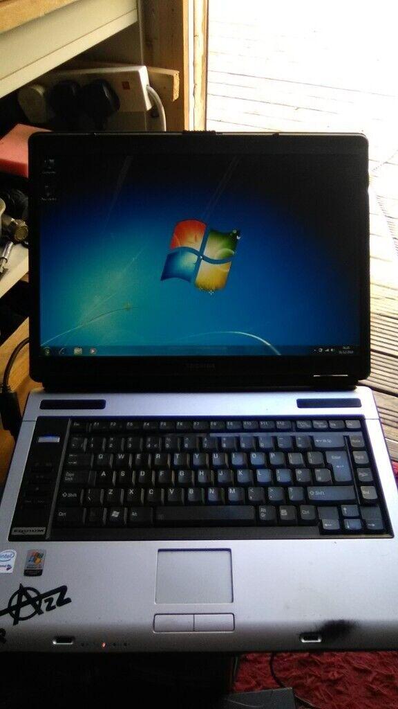toshiba laptop £20 call 07544173967   in Englefield Green, Surrey   Gumtree