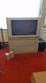 32 in Toshiba widescreen TV CRT perfect for old game consoles (read desc.) £50