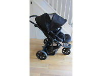 Britax B-Smart 3-Wheeled Black Pushchair with Red Cosytoes - Good Condition - Thatcham RG19