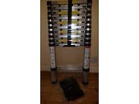 Aluminium Telescopic Ladder with stabiliser