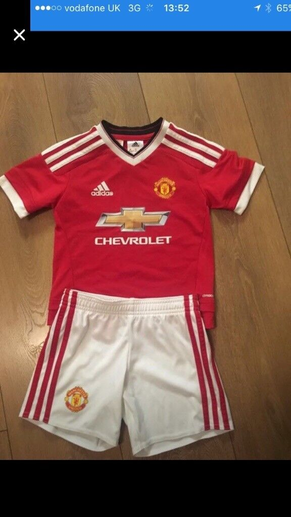 Man Utd Kit 2015/16 ages 3-4 and 5-6
