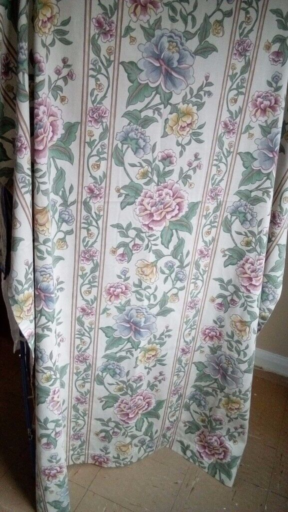 Pair of Curtains - Excellent Condition