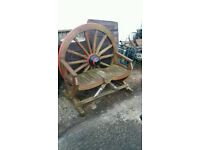 Wagon wheel garden seat