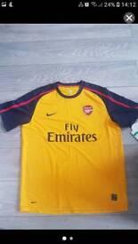 Fly Emirates t shirts