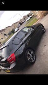 Black BMW Sport 1 Series Diesel 2012