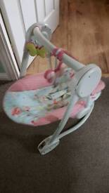 Mama and papas baby swing (can delivery)