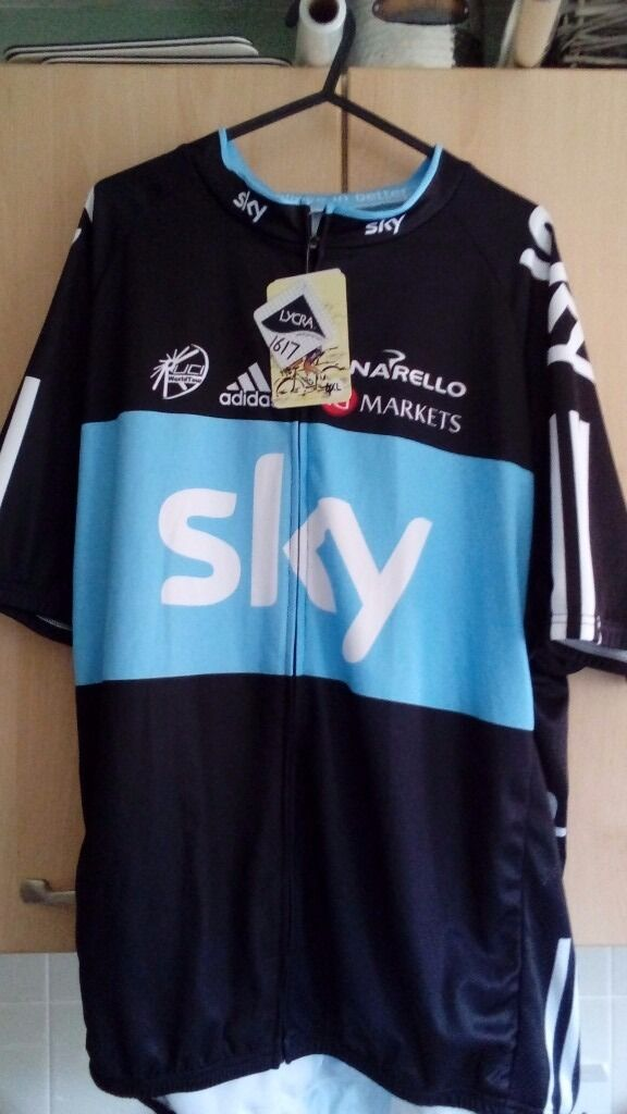 Team sky cycling topin Holt, NorfolkGumtree - Team sky cycling top brand new with labels still attached equivalent size to xl