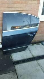 Vw passat b6 rear passenger side door