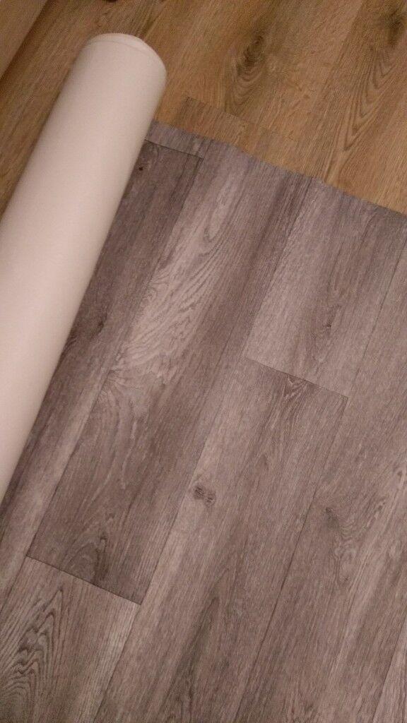 VINYL FLOORING GRAY WOOD EFFECT 1.90 X 3M BRAND NEW
