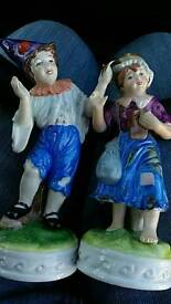 2 collectable porcelain figures