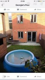 3 bed Romford looking for 2-3 bed