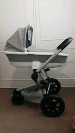 Quinny Buzz Xtra with Carrycot