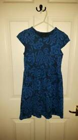 Girls dress size 10-11
