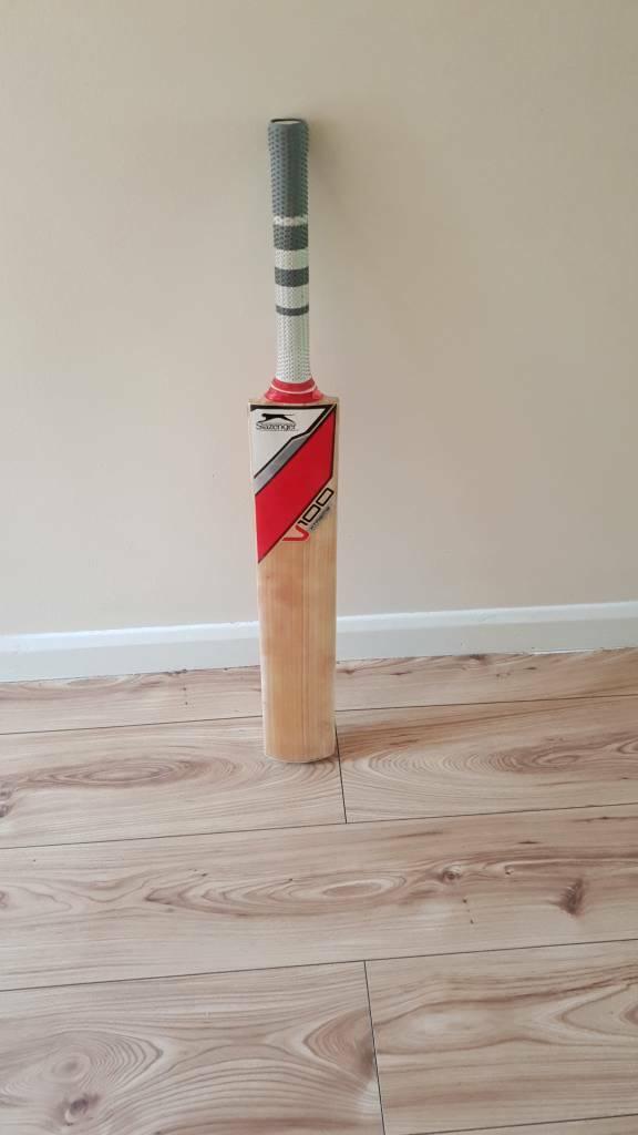 67ff356946 Slazenger v100 grade 1 cricket bat | in Orpington, London | Gumtree