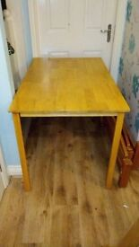 SMALL PINE DINING TABLE EXCELLENT CONDITION WILL BE DISMANTLED FOR TRANSPORT BARGAIN AT £20