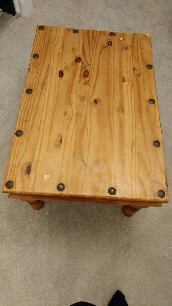Old Creamery pine coffee table