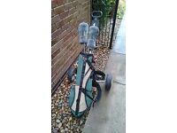 Junior golf club set with trolley