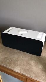 Apple iPod Speaker Dock