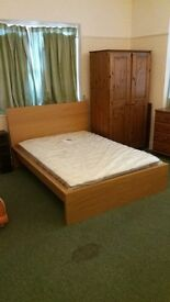 Furnished double bedroom in shared house, Westbury Park / Henleaze