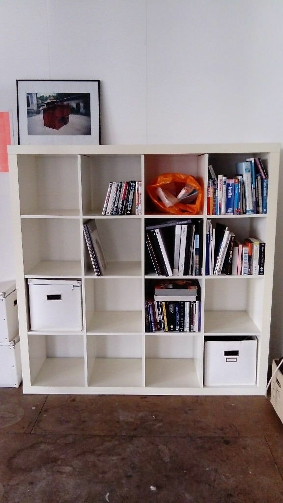 white ikea kallax shelving unit in hackney london gumtree. Black Bedroom Furniture Sets. Home Design Ideas