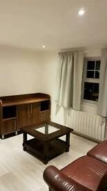 2 bedroom flat newly refurbished