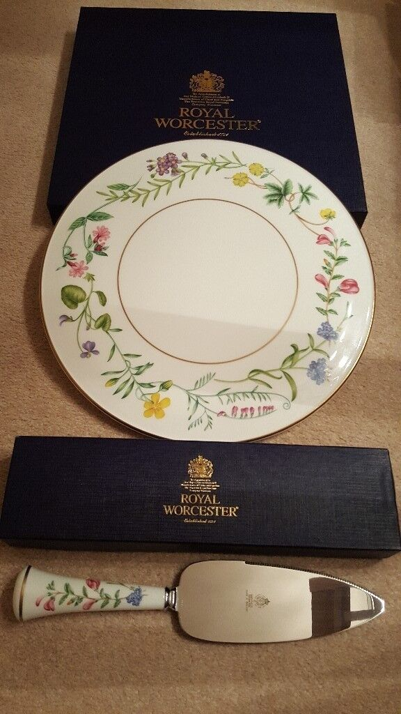 Royal Worcester Cake stand and knife.