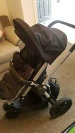 Quinny Buzz Xtra pushchair and carry cot