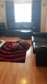 Large relaxer sofa with matching 2seater