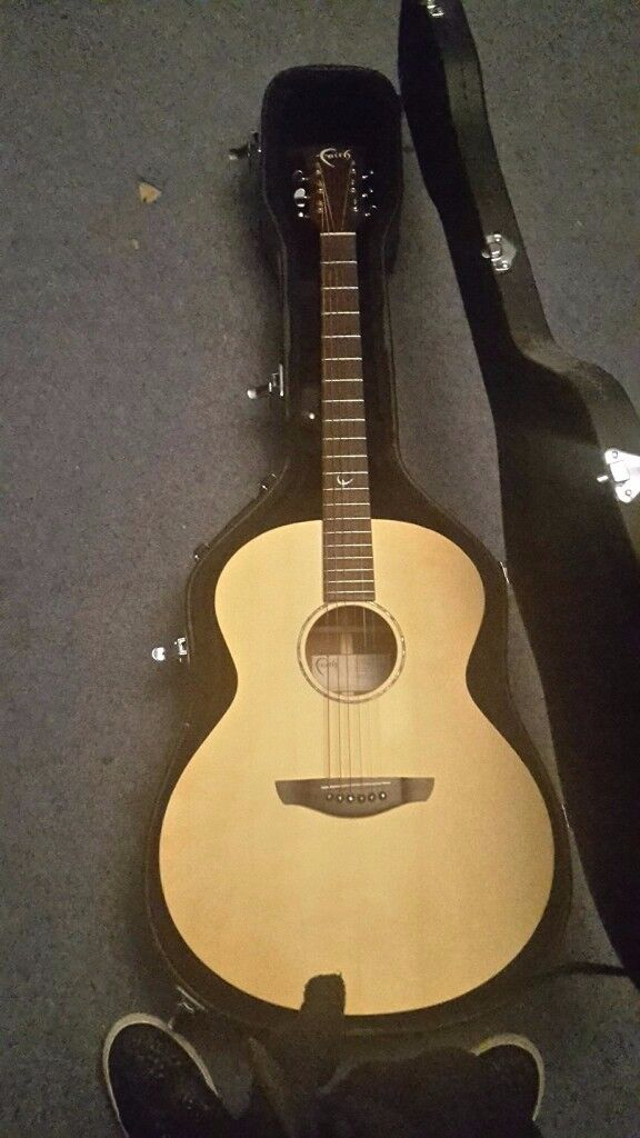 Faith Neptune Naked Acoustic Guitar and hard case