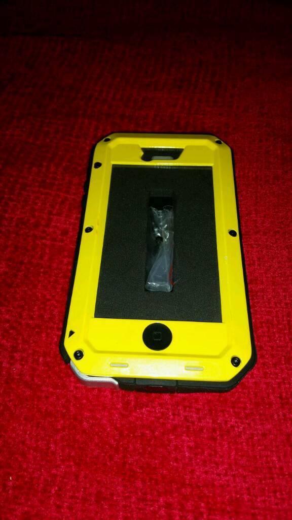 IPhone 5, 5c, 5s & SE phone case.