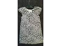 Girls GAP leopard print fully linned dress age 4 years