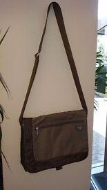 T Tech By TUMi Man's Bag, New No Tag, really nice to bag.