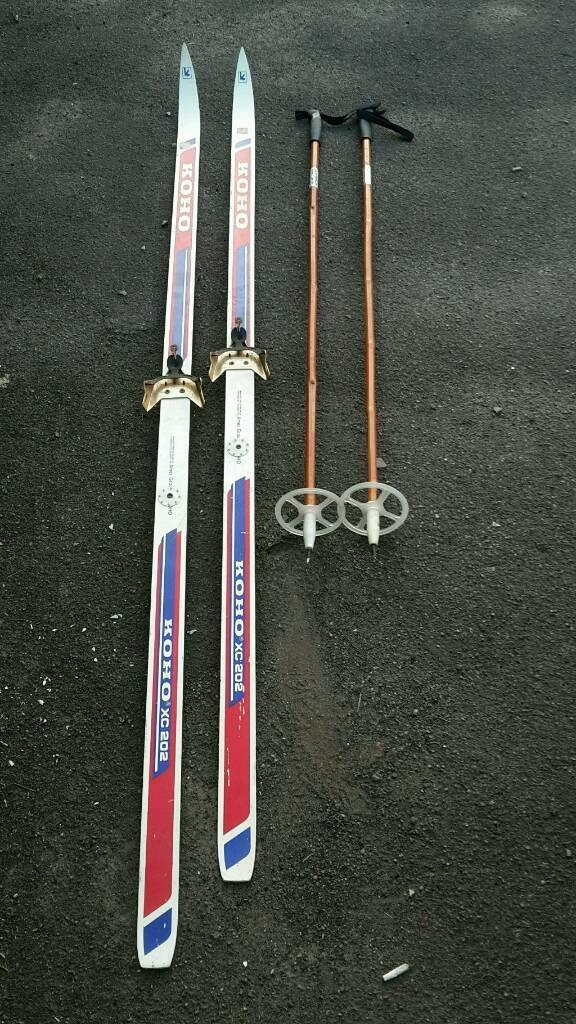 Skis & poles