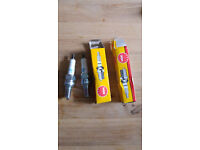 2 x Spark Plugs (Honda CB500 etc) - CR8EH-9