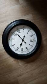 Large wall clock as New!!
