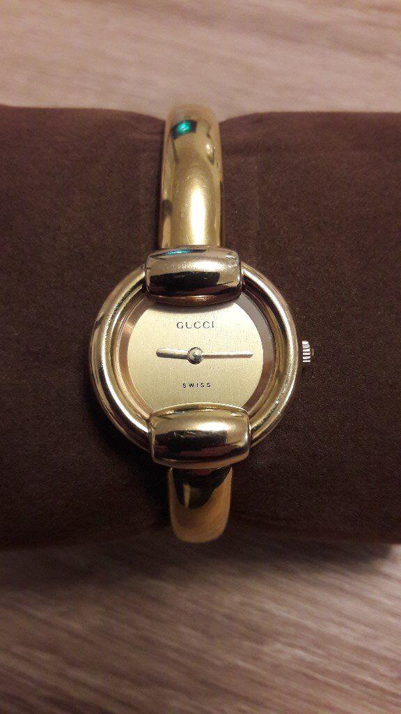 daa4636f516 Ladies Gucci Gold Plated Bangle 1400L Watch