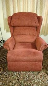 Sherborne Royal Windsor Lift and Rise Chair