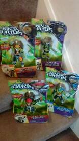 4 brand new ninja turtles